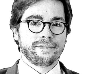 Filippo Monteleone and Domnin de Kerdaniel's Acquisition of Essling Capital
